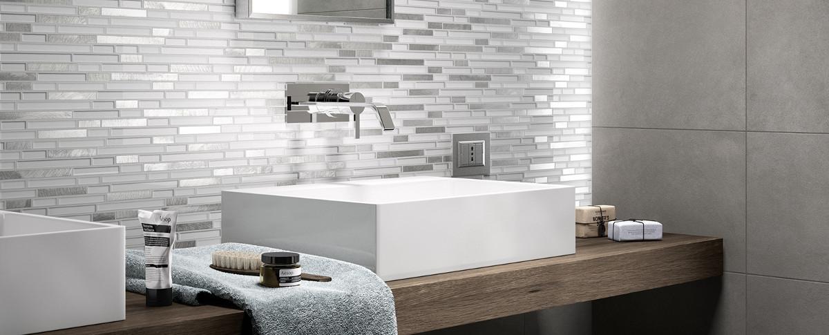Bagno mosaico grigio ispirazione interior design idee - Mosaico grigio bagno ...