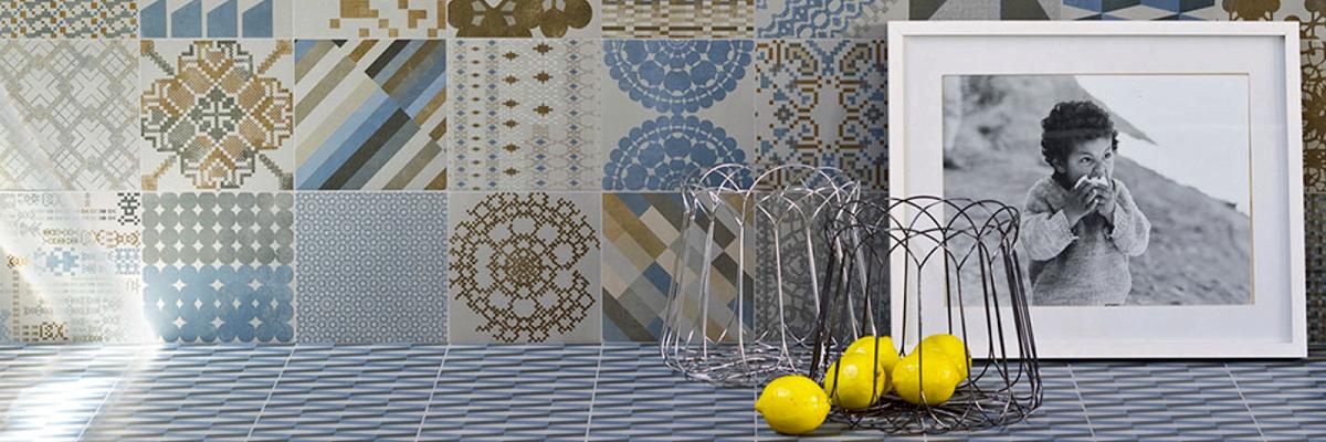 Piastrelle per cucina ceramiche per pavimenti e rivestimenti for Piastrelle cucina caltagirone